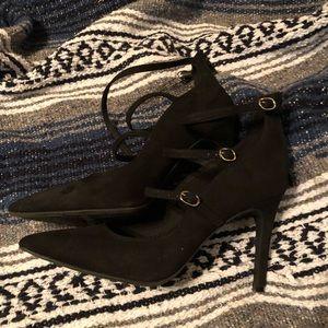 Triple buckle Black Heels